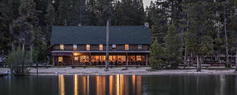 Redfish Lake Lodge and lake