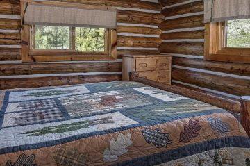 deluxe duplex cabin