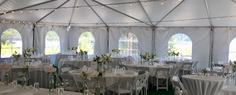 Redfish Wedding_white linens