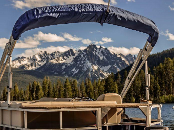 Redfish Lake boat